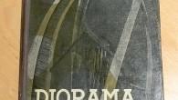 """Annemarie had ook een reparatie-opdracht voor ons. Zij wilde graag een schoolboek gerepareerd hebben: het """"Diorama van de Moderne Tijd"""". […]"""